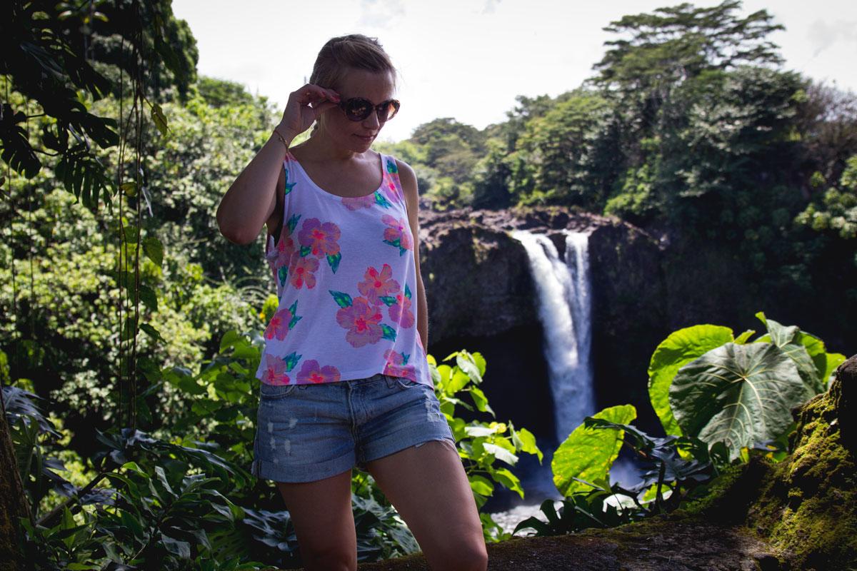 Hawaii-waterfall