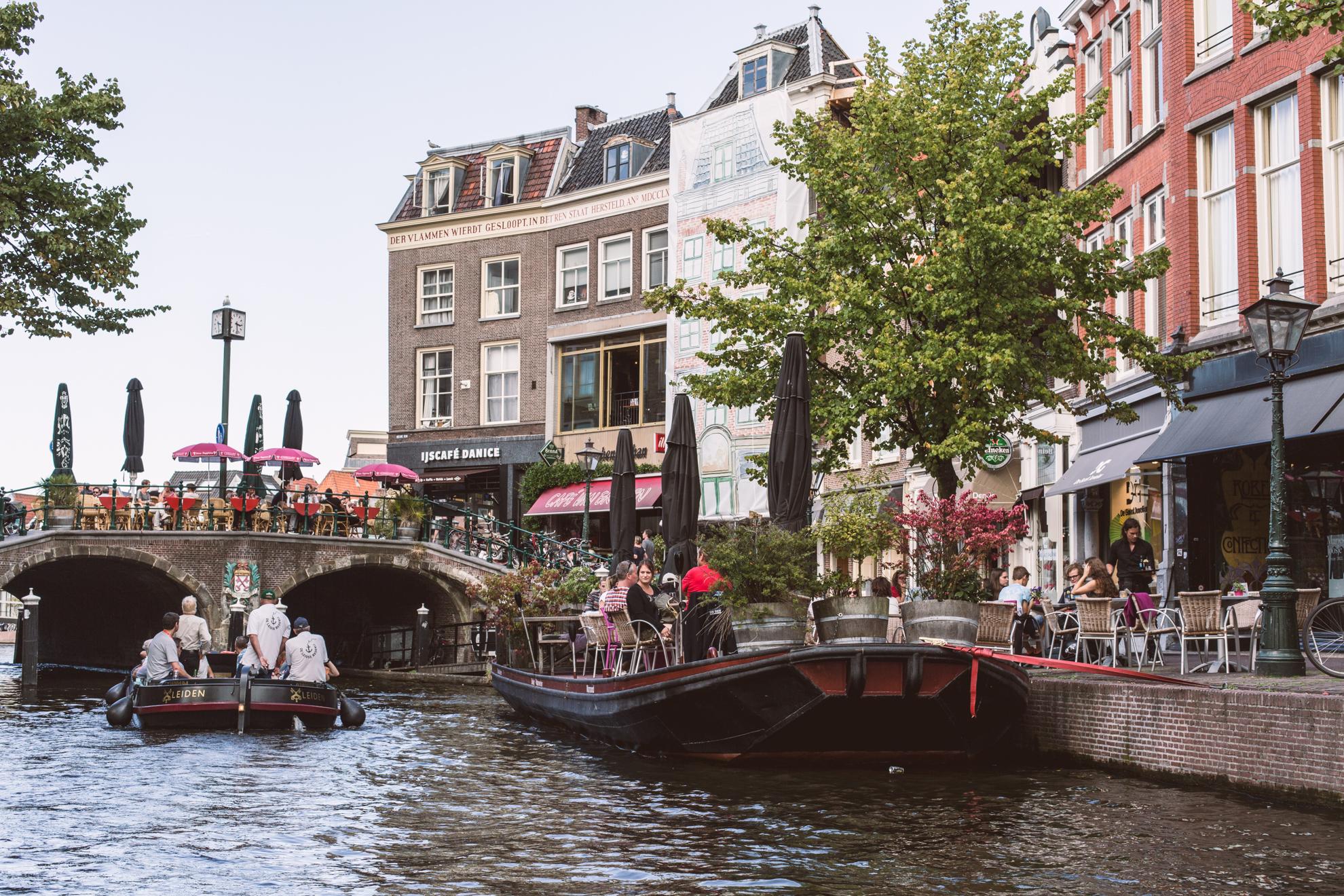 kanalbåt-leiden