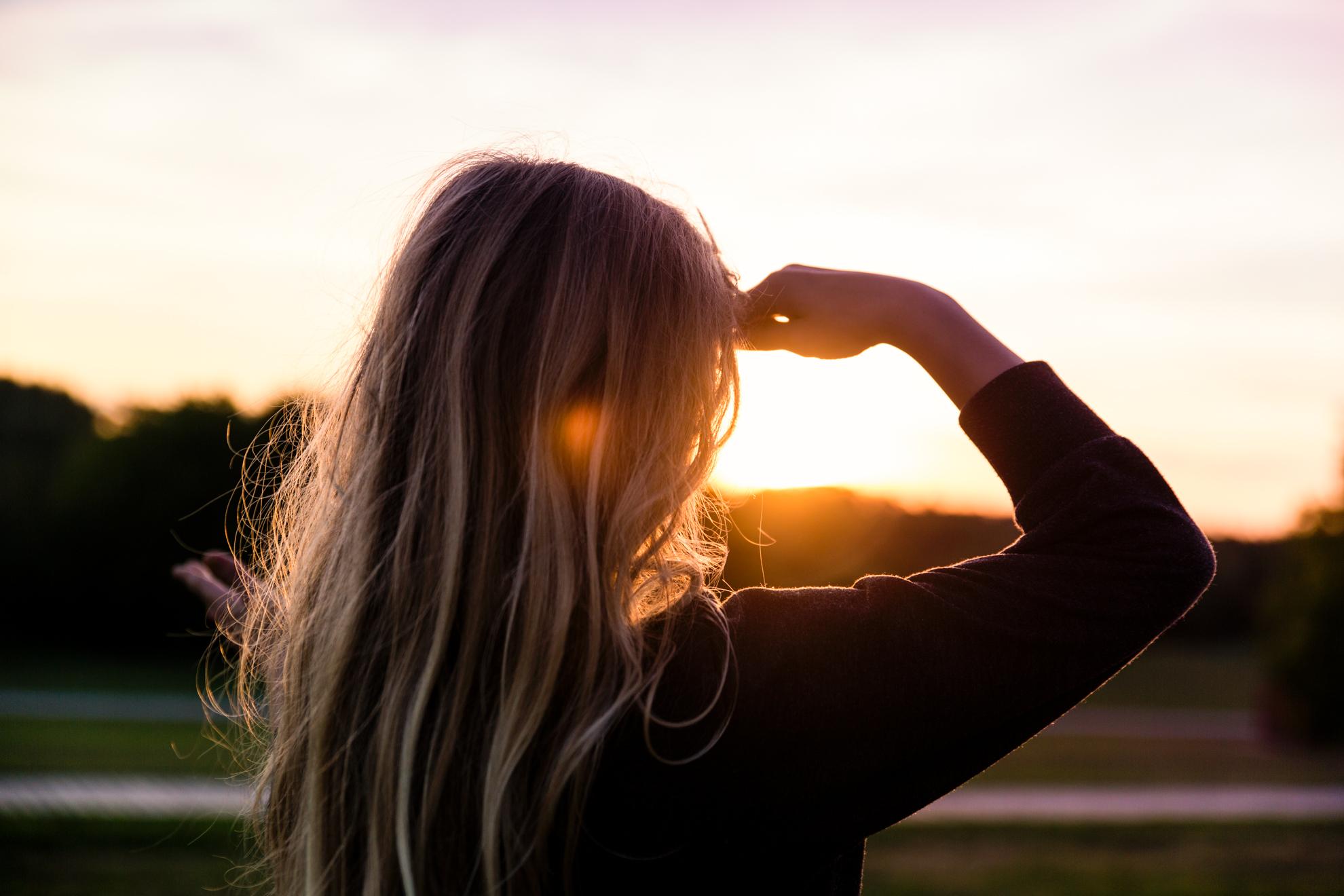 linnea-sunset-close