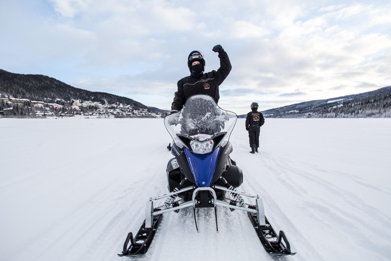 Solenergi & motorkraft – att åka skoter i Åre