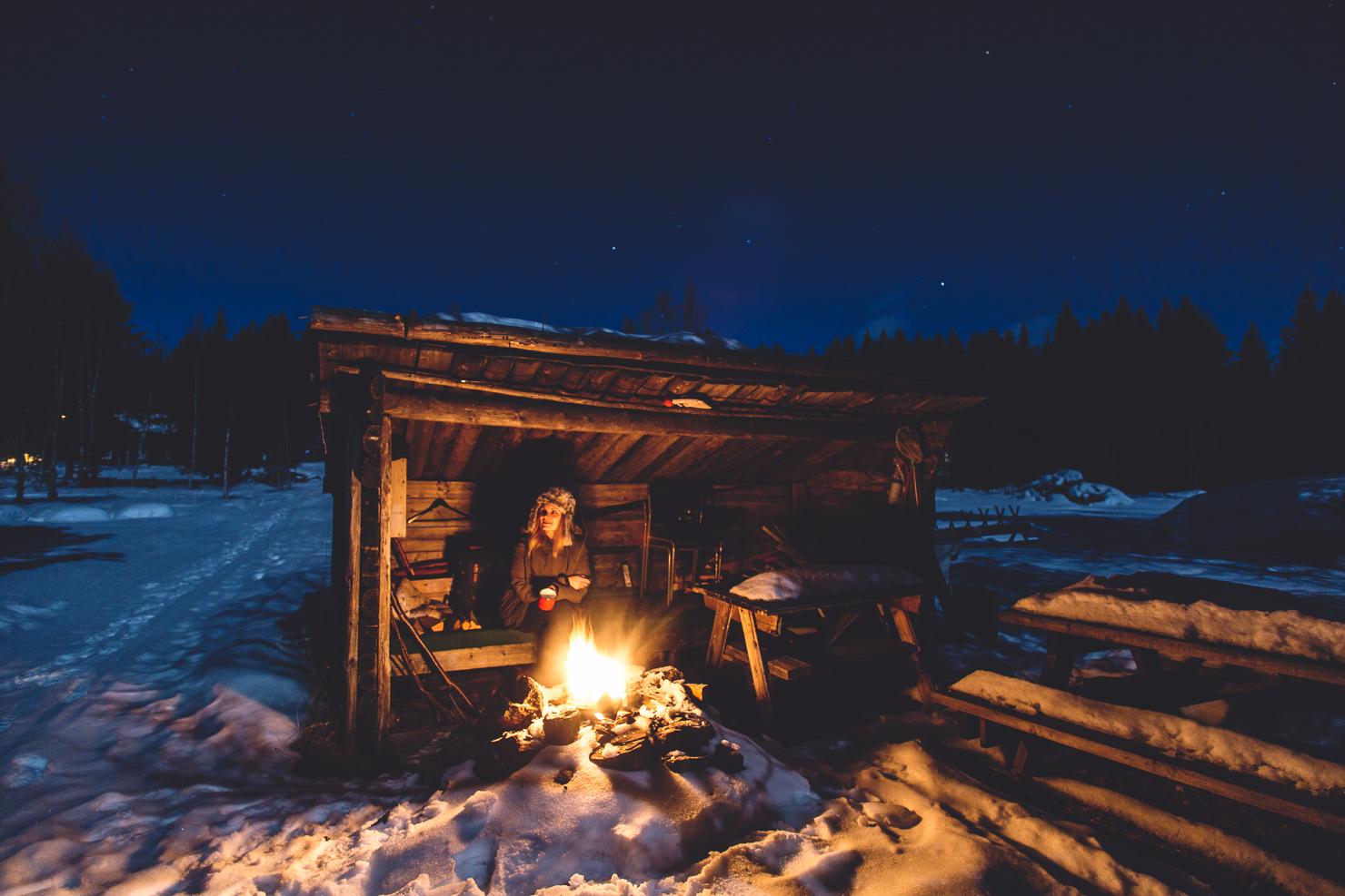 Månen, stjärnhimlen, brasan och jag – fredagkväll i Särna