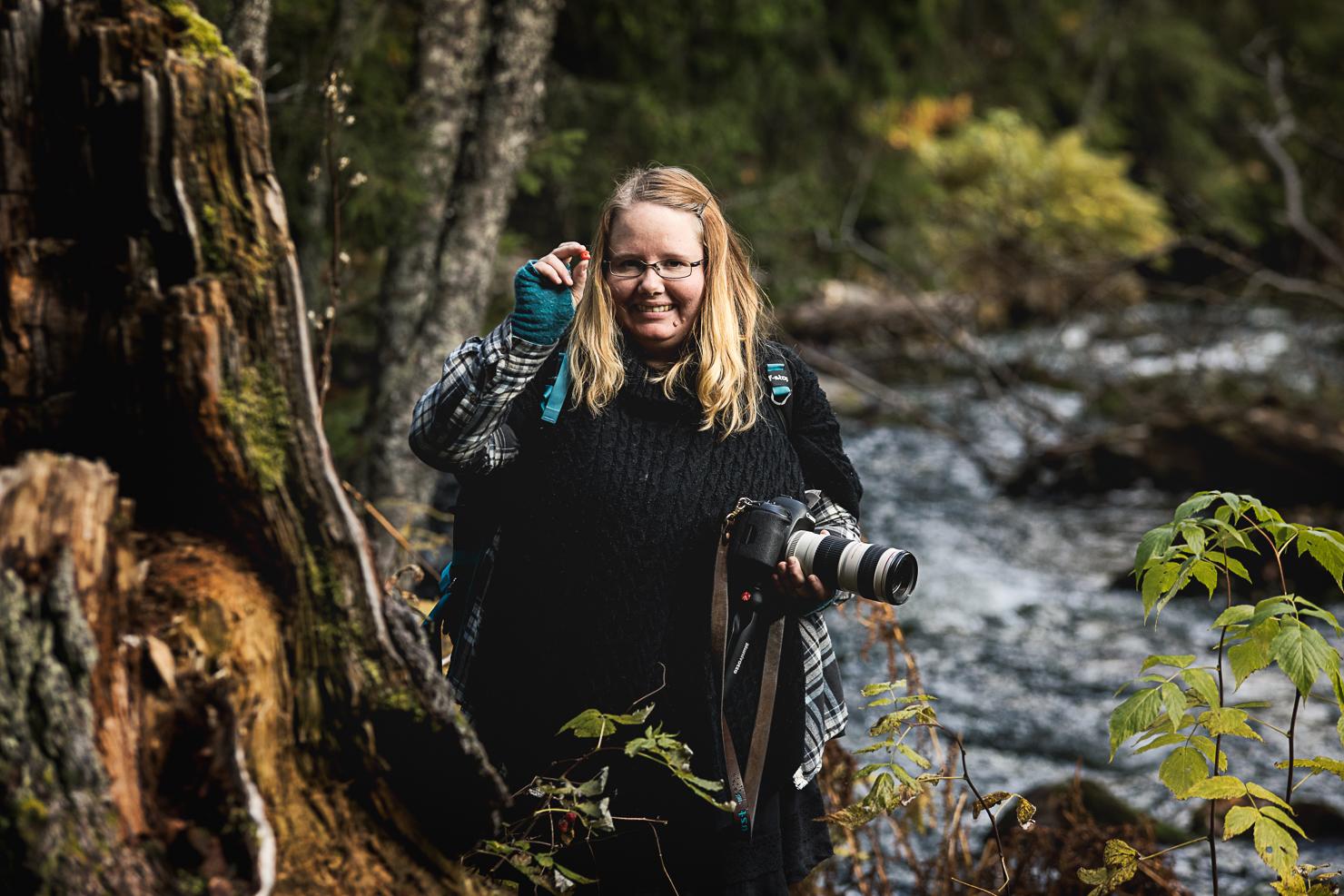 Helena Gunnare Ohdarling äter vildhallon