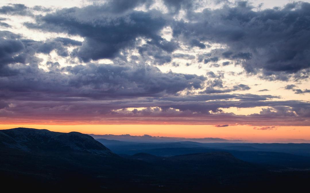 Solnedgång, Sauron och middag på Städjans topp